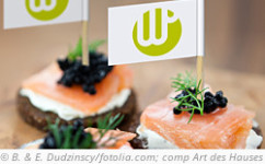 photo: Titbits with Westphalian Pumpernickel, salmon and caviar.© B. and E. Dudzinscy; composition: Art des Hauses